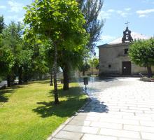 Piedralaves, Parque y Ermita de San Roque