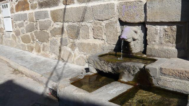 Fuente del Carnero, Piedralaves