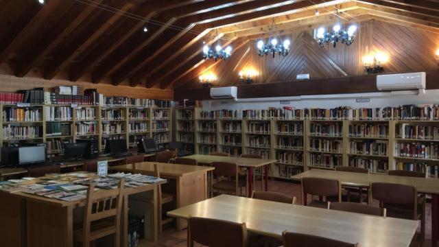 Biblioteca de Piedralaves